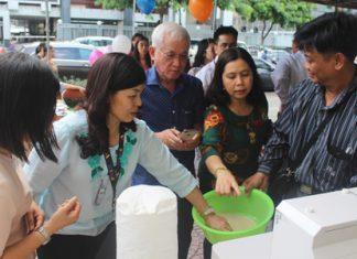 """Việc sản xuất """"gạo tươi"""" đã nhận được sự quan tâm của nhiều người."""