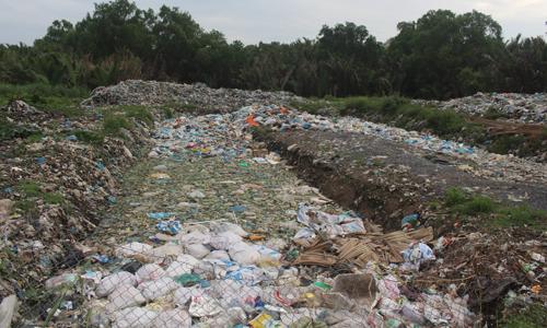 Huyện Tân Phú Đông đang nỗ lực xử lý các vấn đề phát sinh từ bãi rác của huyện.
