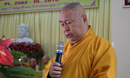Hoà thượng Thích Huệ Minh, Trưởng Ban Trị sự Giáo hội Phật giáo tỉnh phát biểu tại hội nghị sơ kết