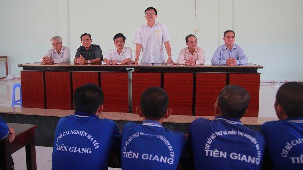 Cục trưởng Cục Phòng, chống tệ nạn xã hội gặp mặt học viên