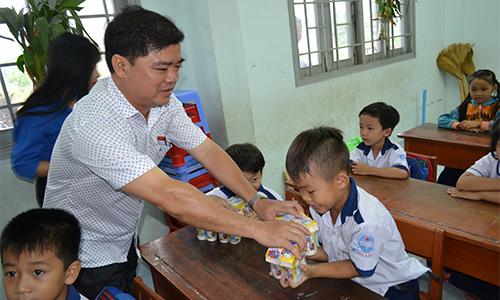 đại biểu Nguyễn Thanh Hải, Phó trưởng Đoàn ĐBQH tỉnh