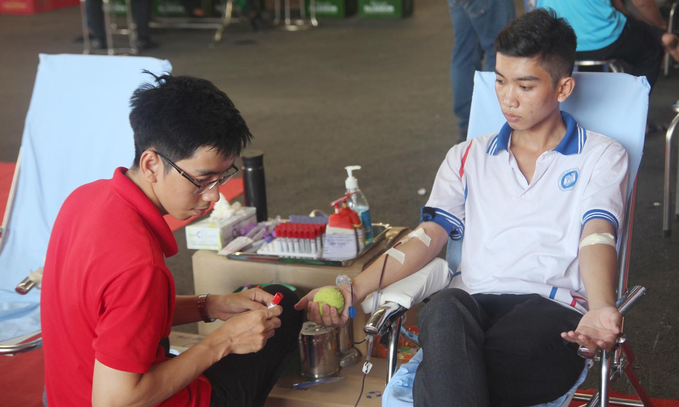 Ban tổ chức đã tiếp nhận 180 đơn vị máu.