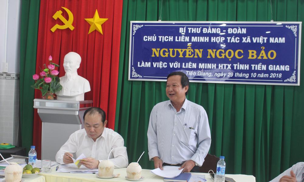 Chủ tịch Liên minh HTX Tiền Giang Nguyễn Văn Hồng phát biểu tại buổi làm việc.