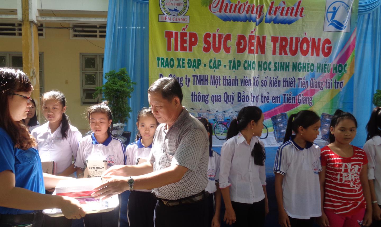 Công ty XSKT Tiền Giang có nhiều đóng góp cho công tác từ thiện  xã hội trên địa bàn tỉnh.