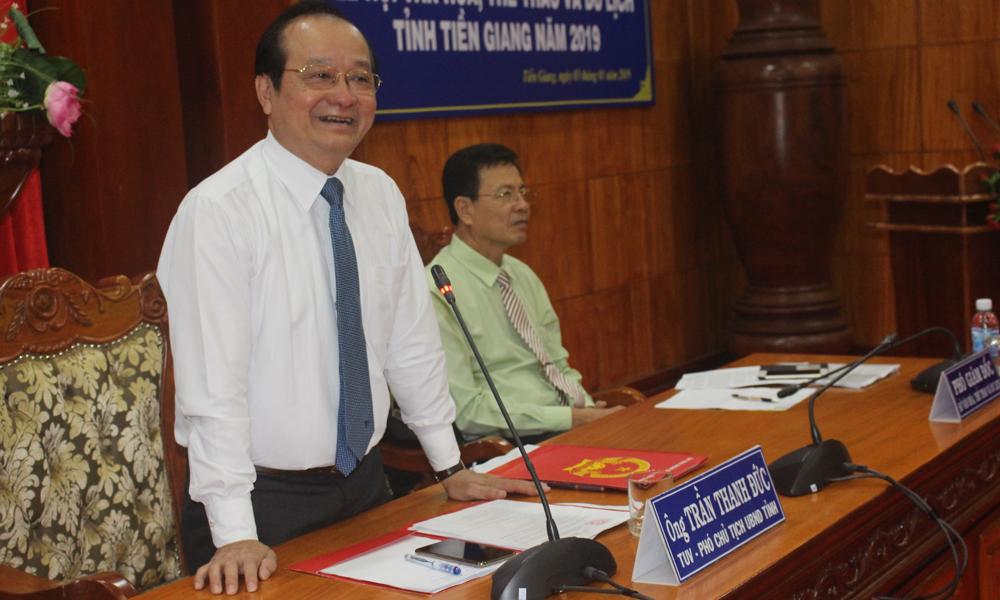 Phó Chủ tịch UBND tỉnh Trần Thanh Đức phát biểu tại buổi họp báo.