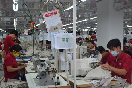 May mặc nằm trong nhóm ngành hàng có tốc độ tăng trưởng xuất khẩu cao. Ảnh: Thái Thiện