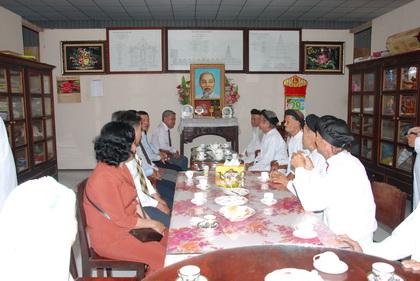 Trưởng Ban Dân vận Tỉnh ủy Trần Long Thôn trân trọng chúc Tết Ban điều hành Cao Đài Việt Nam