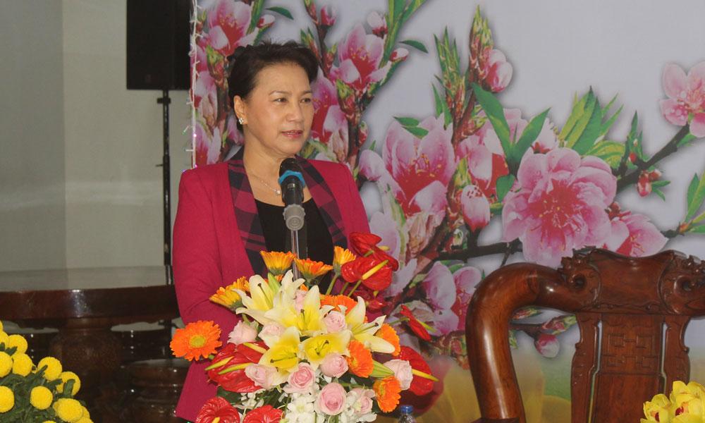 Chủ tịch Quốc hội Nguyễn Thị Kim Ngân phát biểu tại chuyến thăm, chúc tết Công an tỉnh Tiền Giang.