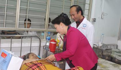 Chủ tịch Quốc hội Nguyễn Thị Kim Ngân thăm, chúc tết tại Tiền Giang