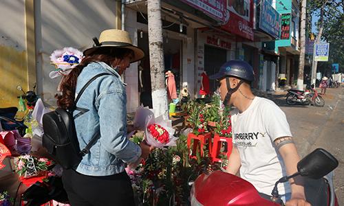 Sôi động thị trường quà tặng Ngày Lễ tình nhân 14-2