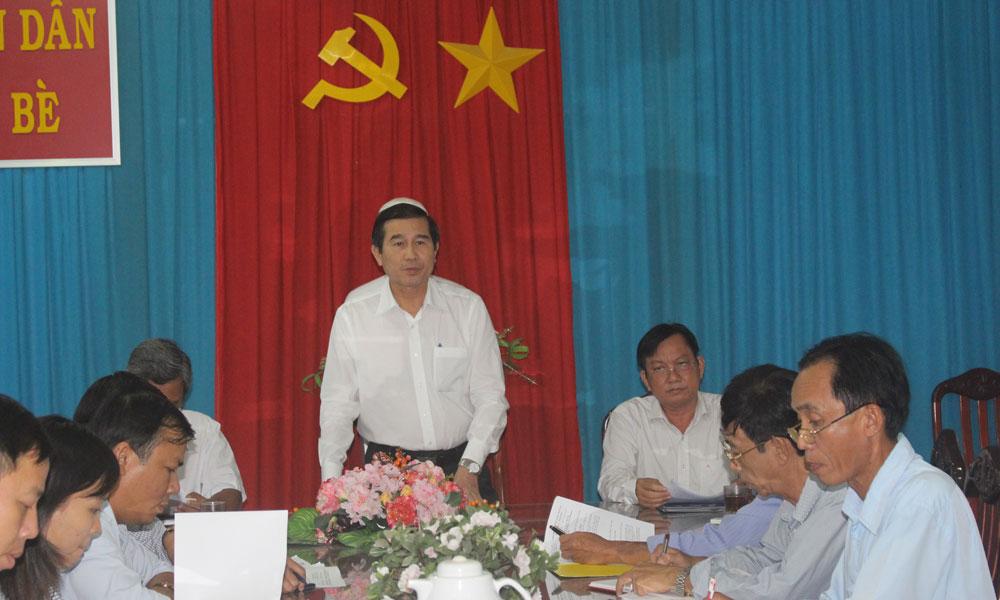 Chủ tịch UBND tỉnh Lê Văn Hưởng phát biểu tại chuyến kiểm tra.
