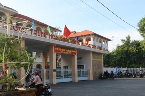 Trường THPT Nguyễn Đình Chiểu có điểm số xét tuyển lớp 10 cao nhất tỉnh Tiền Giang