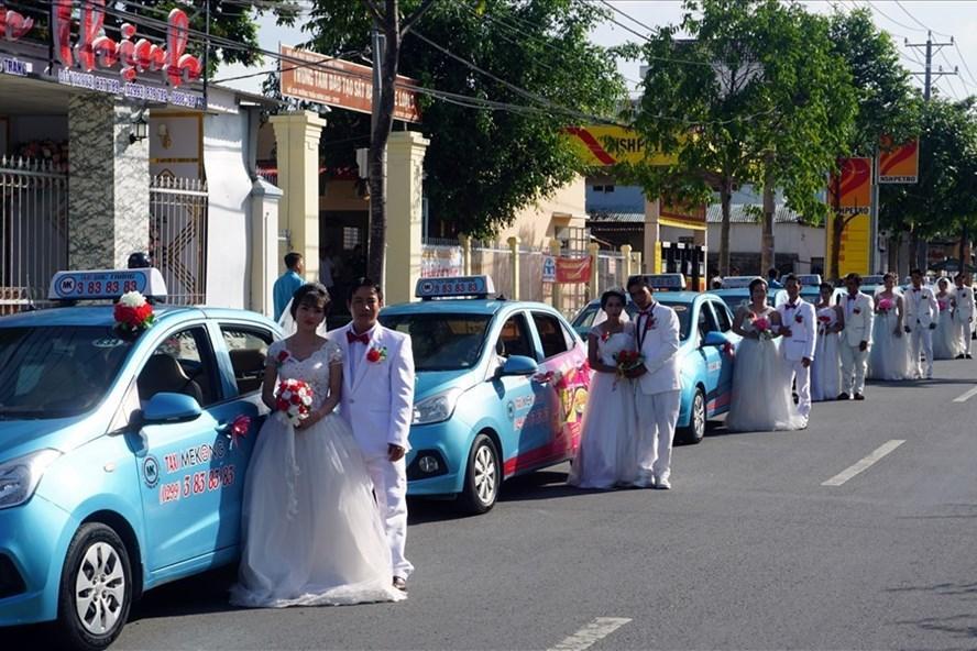 Một lễ cưới tập thể cho công đoàn viên ở ĐBSCL do tổ chức Công đoàn tổ chức. Ảnh: Nhật Hồ