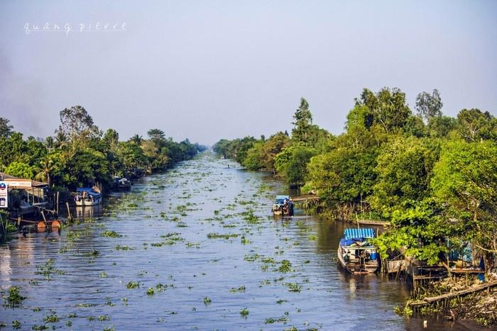 Lênh đênh trên dòng nước xứ Tiền Giang