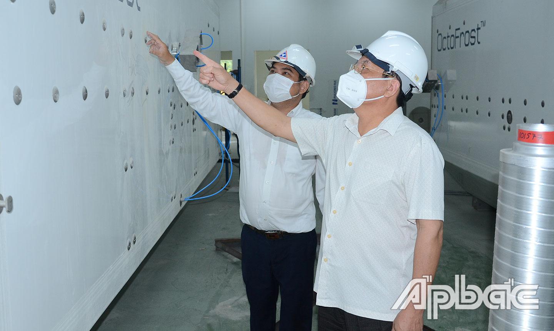 Lãnh đạo UBND tỉnh  kiểm tra tại Nhà máy  chế biến nông sản của  Công ty cổ phần Công nghiệp  thực phẩm Thabico - Tiền Giang.